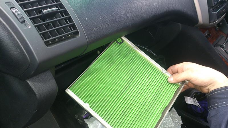 車 エアコン ガス 料金 エネオス