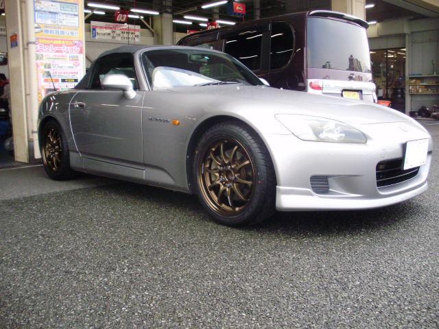 ☆ホンダ S2000にタイヤホイールを取り付けました☆