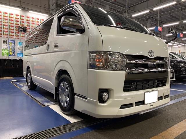 ★ トヨタのハイエースをローダウン★